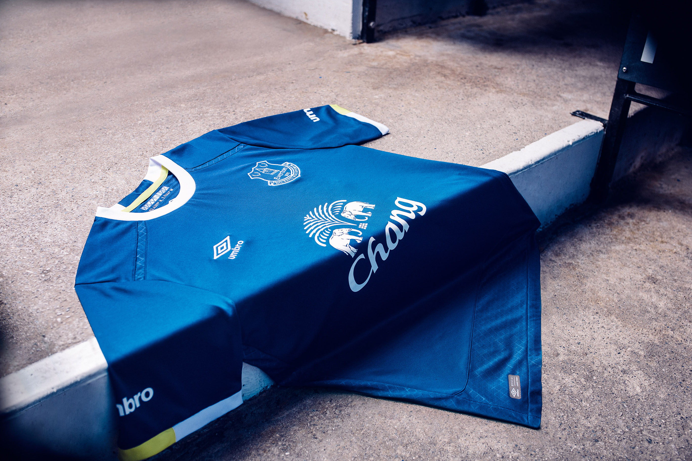 Everton1617H_M