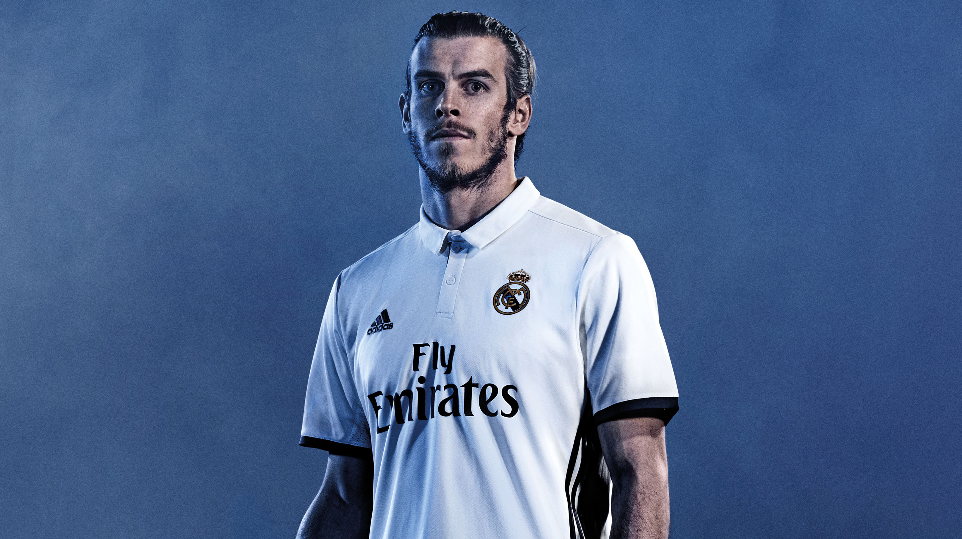 REALMADRID_HOME_KIT_1617_PR_03
