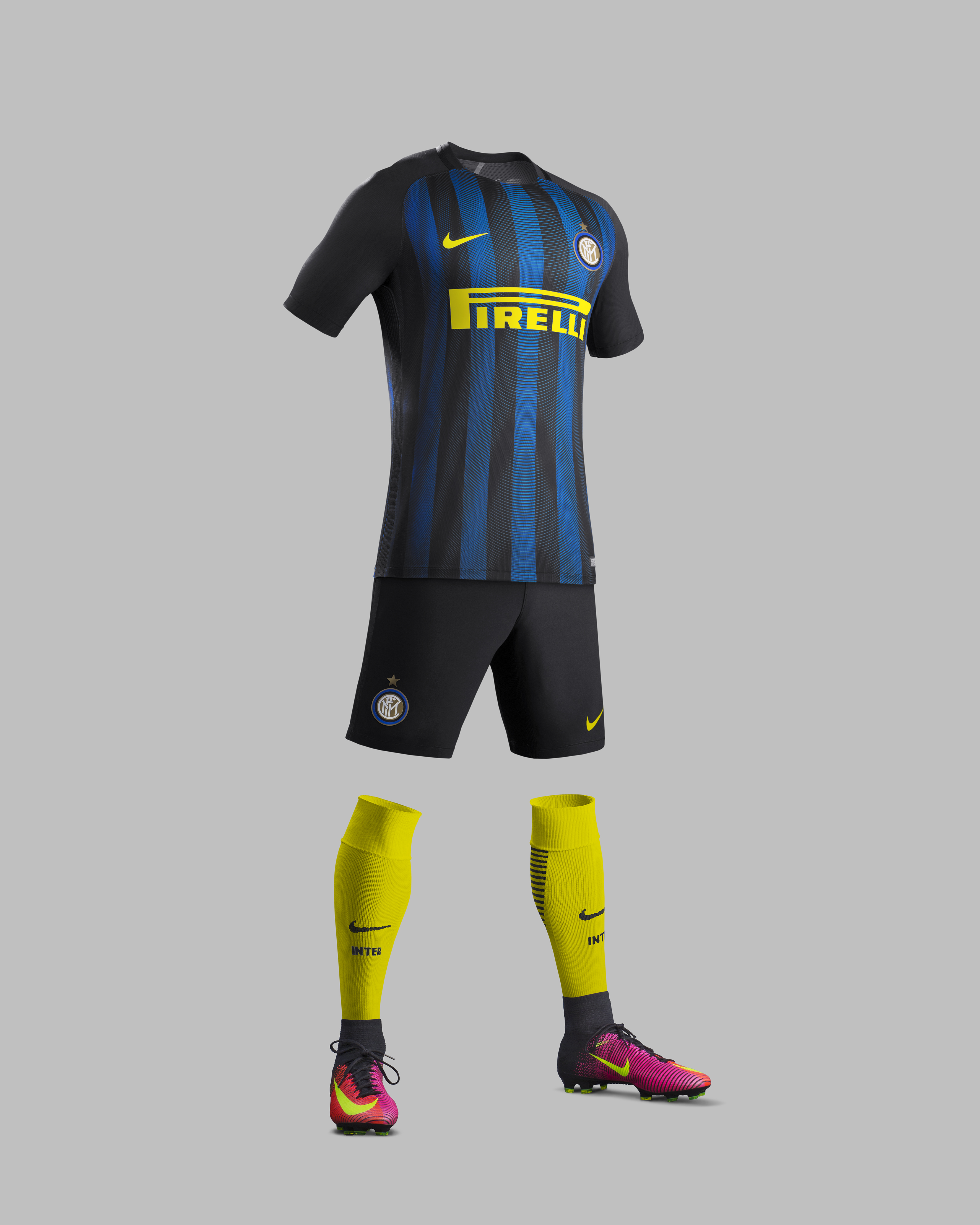 Su16_CK_Comms_H_Full_Body_Match_Inter_Milan_R_original