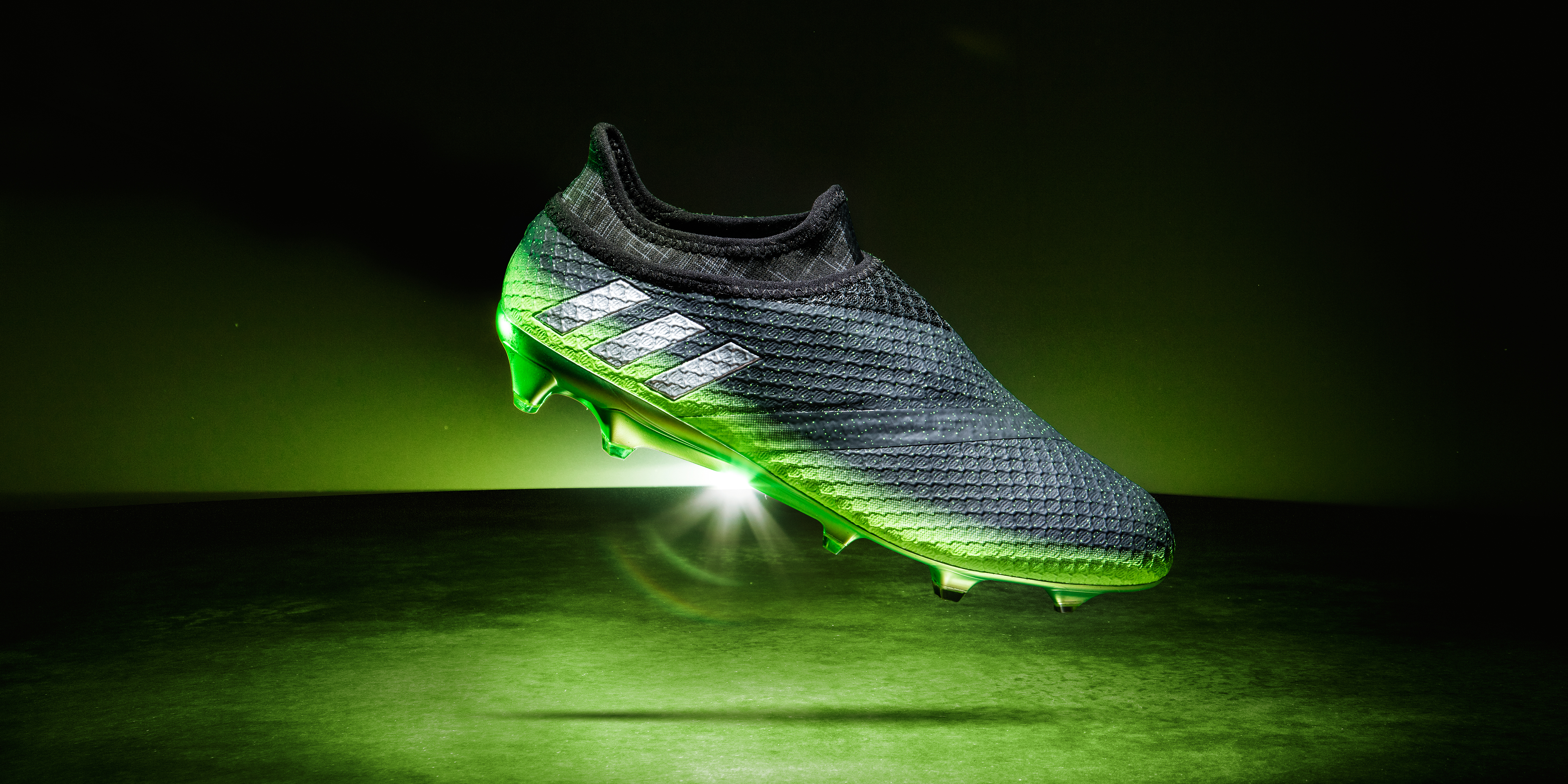adidas_messi16-space_dust_pr_p0-model-v2