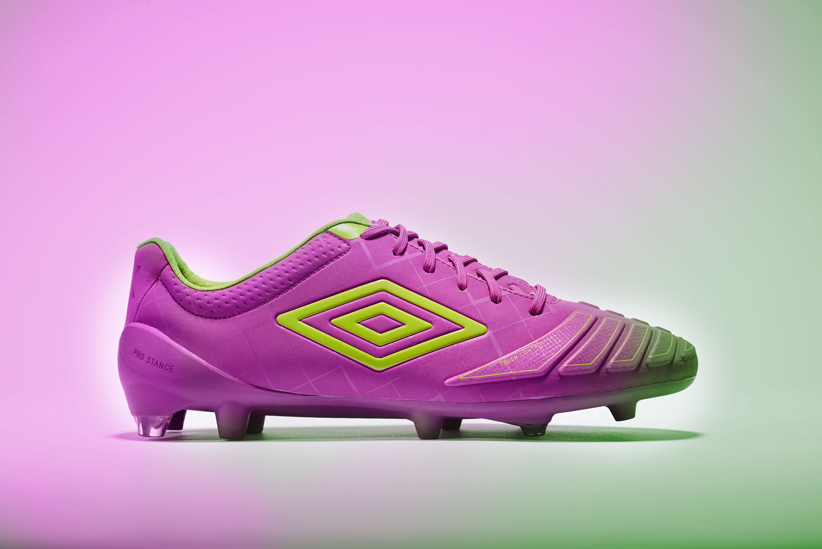 ms_umbro_aw16_accuro_purple_colour_004